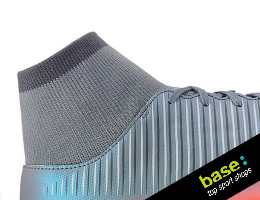 botas de futbol con tobillera