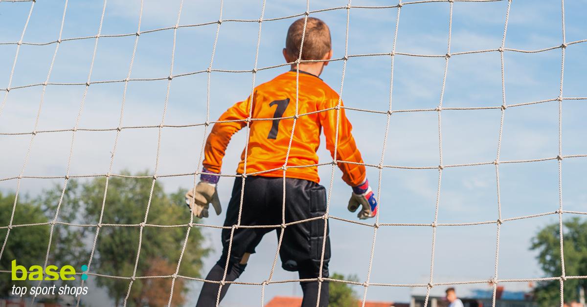 guantes de futbol para niños